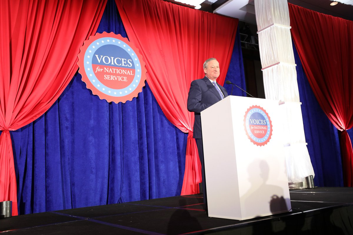 Honored to receive the Local Leadership Award from @Voices4Service. This is really a recognition of the great work that @SERVEPhila is doing to help make Philadelphia the most civically engaged city in the country.