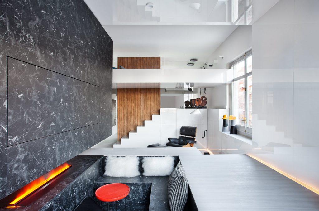 """En """"Alvic Smart Home"""" el #arquitecto Héctor Ruiz-Velázquez  crea un nuevo concepto de vivienda donde  potencia al máximo la usabilidad las prestaciones del material de @ALVIC_ESP. El movimiento fluye y se genera un concepto de #habitabilidad inteligente. #CasaDecor2019"""
