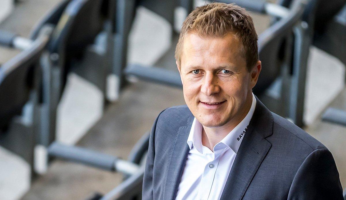 YB setzt auf Kontinuität: Wie an der Medienkonferenz vom 30. Januar angekündigt, bleibt Christoph Spycher bei YB. Der Verwaltungsrat und der Sportchef haben den Vertrag bis Ende 2022 verlängert 💛🖤  ℹ️ 👉 https://www.bscyb.ch/news?nID=11276   #BSCYB #YBFOREVER #WEIW #WUSCHUBLEIBT
