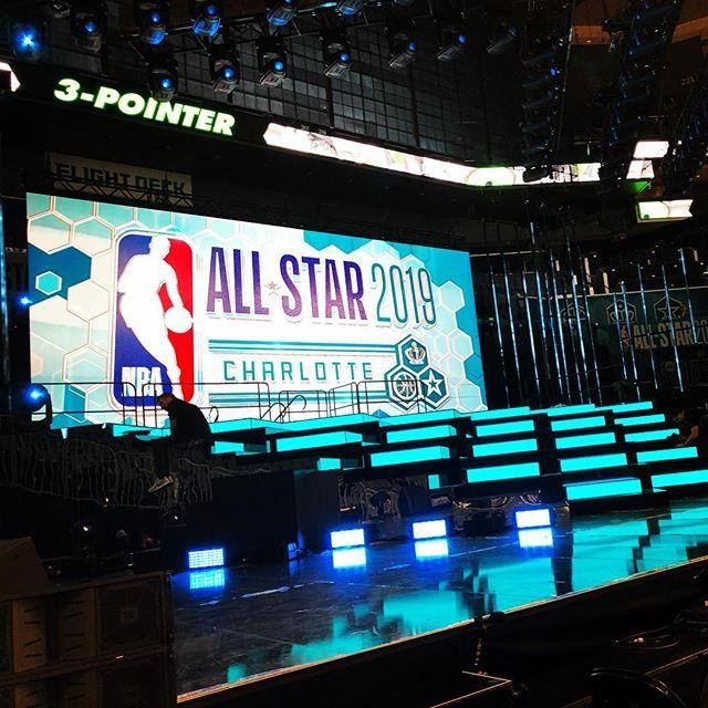 The stage is set! Charlotte will be the center of the 🏀 🌎 this weekend!  #nbaallstar #wccb https://t.co/2ZjjsJCCvG