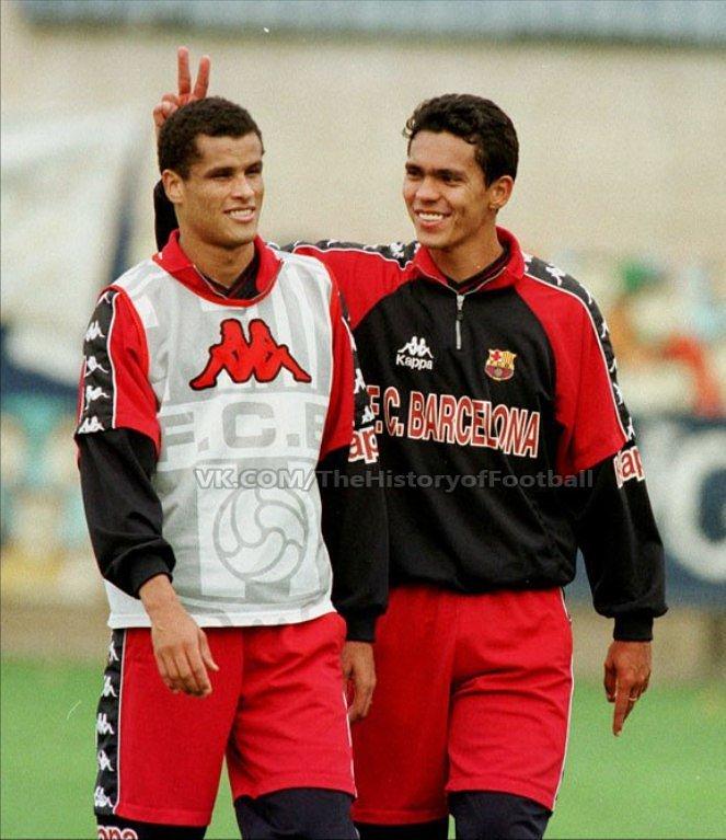 Rivaldo e Giovanni, dupla de sucesso no Barça e no Olympiakos #rivaldo #giovanni #barcelona #barça #fcbarcelona #culés #blaugrana #brasil #giovannioliveira #vintagefootball