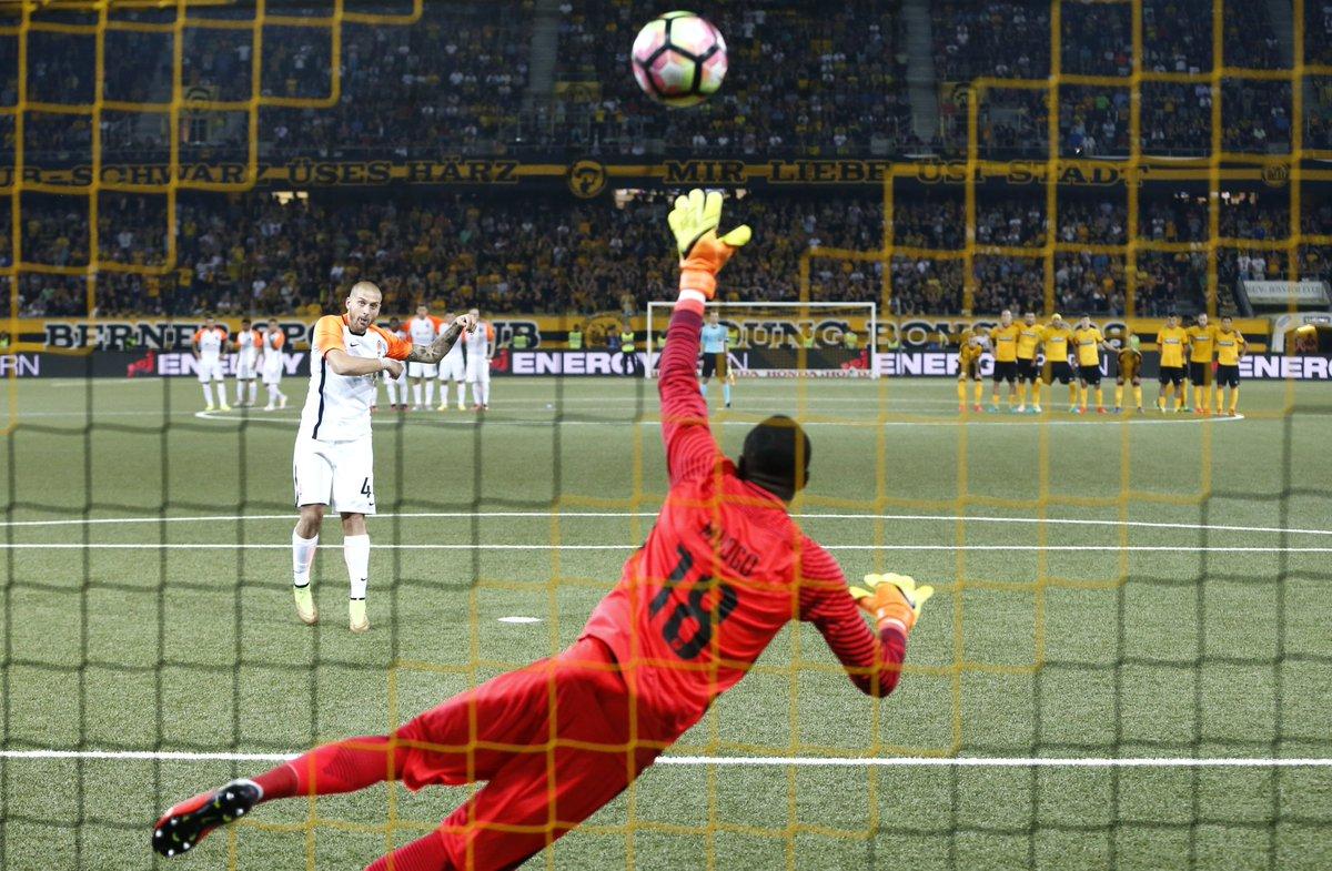 @Eintracht Liebe Eintracht, wir wünschen euch viel Glück gegen Schachtar! Wir erinnern uns gerne zurück an den 3. August 2016 und den grossen Sieg gegen diesen Gegner in der Champions-League-Qualifikation. Adi Hütter weiss wie es geht 😃 #BSCYB #SGE