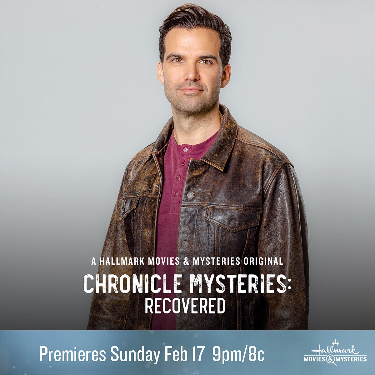 Tune in Sunday night for the first in our trilogy of #ChronicleMysteries movies. Join us as we live tweet during the commercial breaks. Can you solve the mystery before we do?? @Ali_Sweeney @hallmarkmovie @rebeccastaab1 🕵️♀️ 🕵️♂️