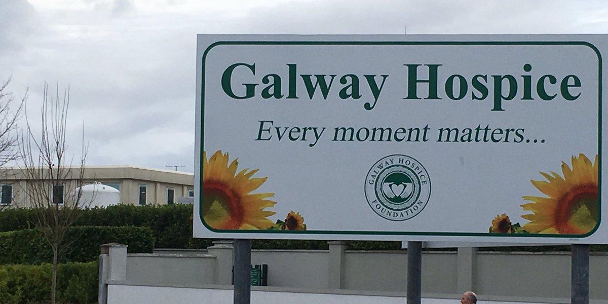 Oispís na Gaillimhe @GalwayHospice le comhairle dlí a fháil maidir le cinneadh an Bhoird Pleanála cead a dhiúltú Oispísnua a thógáil ar thailte Ospidéal Pháirc Mhuirlinne.Rialaigh an Bord in éadan mholadh a gCigire féin. Agallamh le Joe Connolly ó bhord na hOispíse, @NuachtTG4