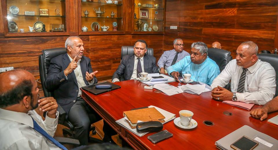Hoping small industries i.e sugar cane producers of Ampara, will achieve a solution for their challenges from large scale plantations and industries. Awaiting the report by the committee appointed to study the conflict in the next 45 days for robust solutions.#SriLanka