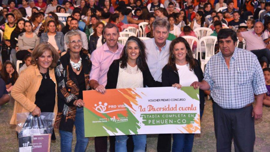 #SantaIsabel | Más de mil chicos participaron de la jornada inaugural de los Juegos Deportivos de Verano en el oeste pampeano.