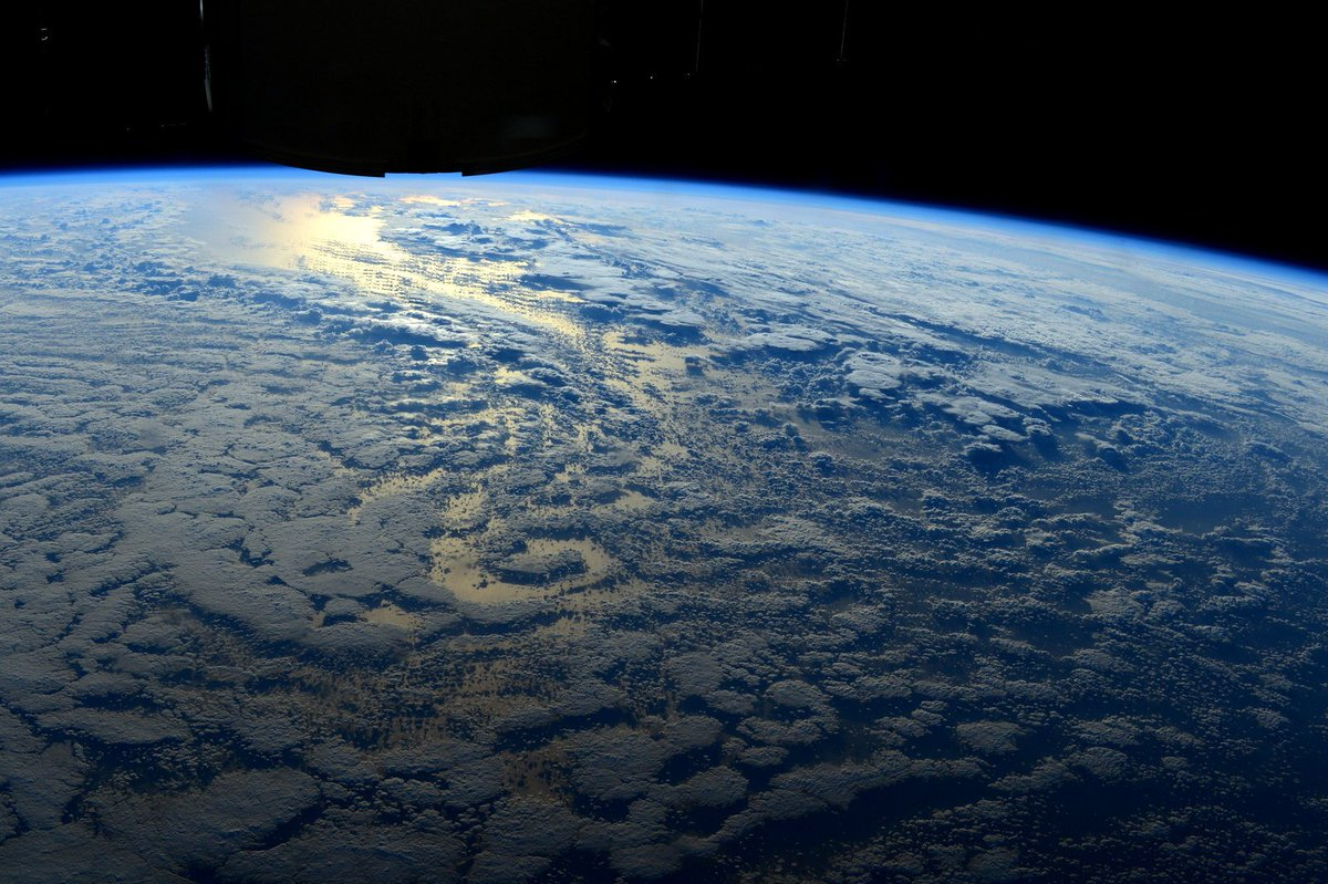 Darkness turning blue/  Love is the center of all universe/ I belong to you Earth/  #haiku #withlove Happy  #ValentineDay