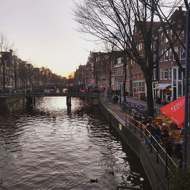 An afternoon in Amsterdam. What a beautiful city... What do you think?  #thebest #amsterdamshots #amsterdamview #worldwide #worlderlust #bestofamsterdam #amsterdamcanals #scenery #worldplaces #mustsee #wonderfulplaces #fantasticview #wanderlust #instatravel#funtime #world #explopic.twitter.com/YpfMwdTpaC