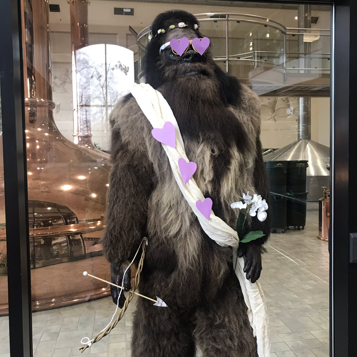 Most eligible bachelor on this Valentine's Day. #BeMyValentine #Bigfoot #HappyValentineDay<br>http://pic.twitter.com/KmycqolRpO