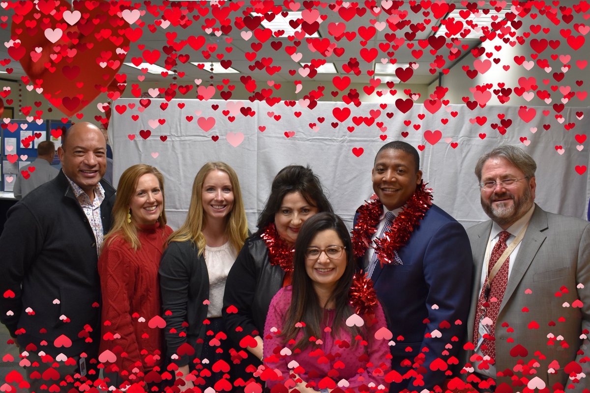 Will you be our valentine? @RobertThomasATX and his excellent staff are helping TWC spread the love as we wish you a happy Valentine's Day! #Valentinesday #TWC