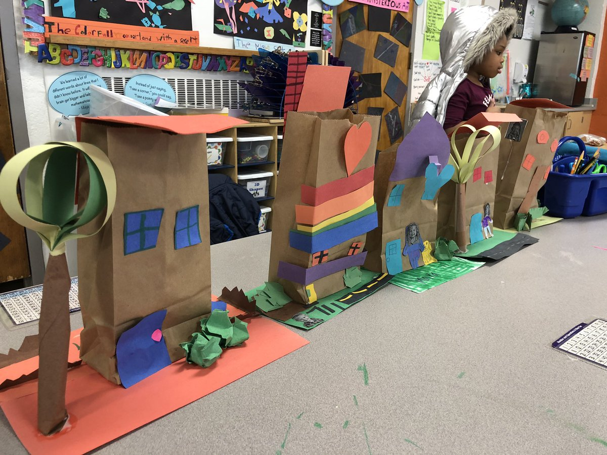 STEM Challenge: Build a house and neighborhood for your Valentine deliveries. Include 3D features &amp; yourself in the design. So many creative approaches &amp; problem solving. Houses built, then filled with love. Happy Valentines Day! ❤️<a target='_blank' href='http://twitter.com/AbingdonGIFT'>@AbingdonGIFT</a> <a target='_blank' href='http://search.twitter.com/search?q=ABDrocks'><a target='_blank' href='https://twitter.com/hashtag/ABDrocks?src=hash'>#ABDrocks</a></a> <a target='_blank' href='https://t.co/YDIybwJxBt'>https://t.co/YDIybwJxBt</a>