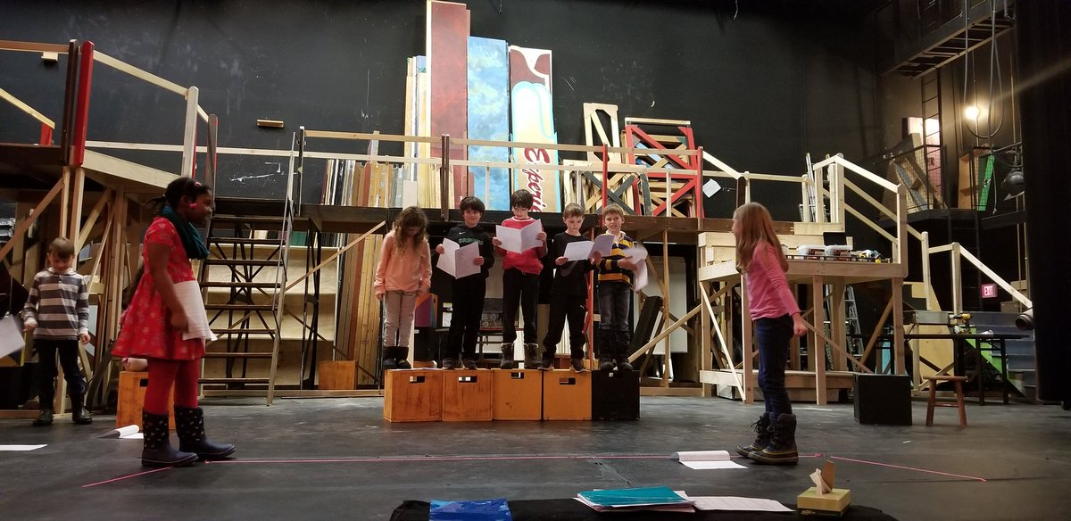 The 3rd Grade French Plays are coming in April! Check out the monkeys and the Peddler sisters rehearsing their dramatic adaptation of the story, Caps For Sale!  @brimmerandmay @BrimmerArts @LS_French