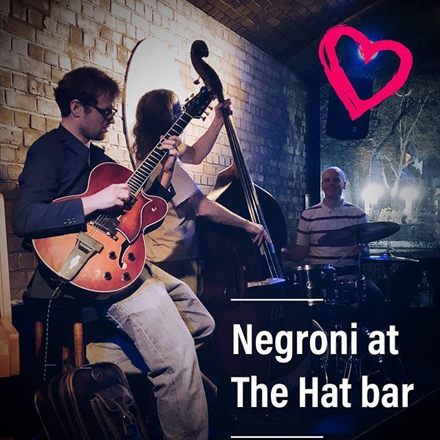 Real women don't love the richest guy in the world they love the guy who can make their world the richest. #jazzmood #cooljazz #thoughtsnlife #lovecolors #valentinespecial #valentinesday2019 #loveis #negroni with #wifey http://bit.ly/2DDZHoj