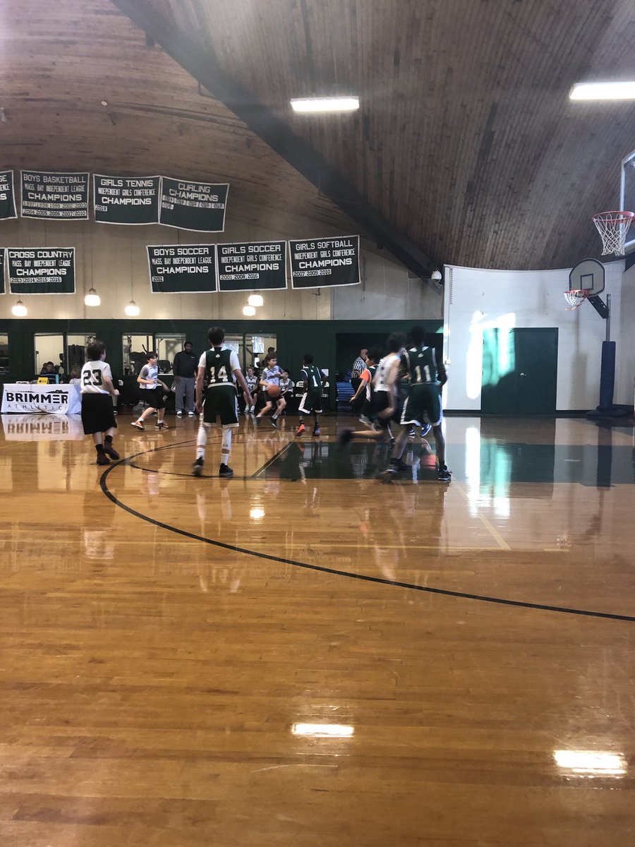 Enjoying the MS boys basketball game this afternoon! @brimmerandmay @brimmerathletic – at Brimmer and May School