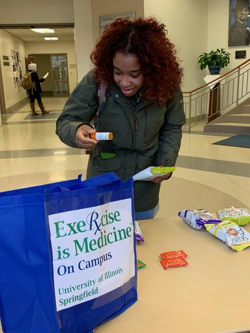"""RT @exruis: Had a great time with our 1st @EIMnews on Campus """"Take your Medicine"""" event! Thanks for your partnership @UISHealthServ and @UI…"""