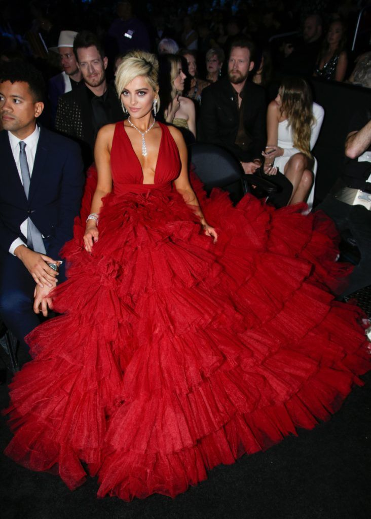 .@BebeRexha Looked Stunning in Red, No Thanks to Designers Who Didn't Want to Dress Her as a Size 8  https://t.co/QnKvCLrOEx