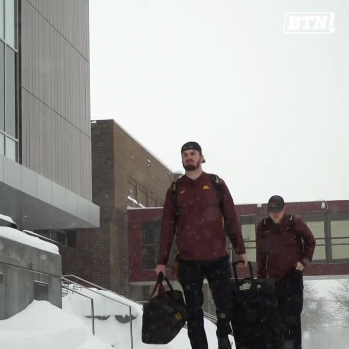 Warm-weather bound. ✈️⚾️  @GopherBaseball is heading to Arizona to begin their season at the College Baseball Classic.