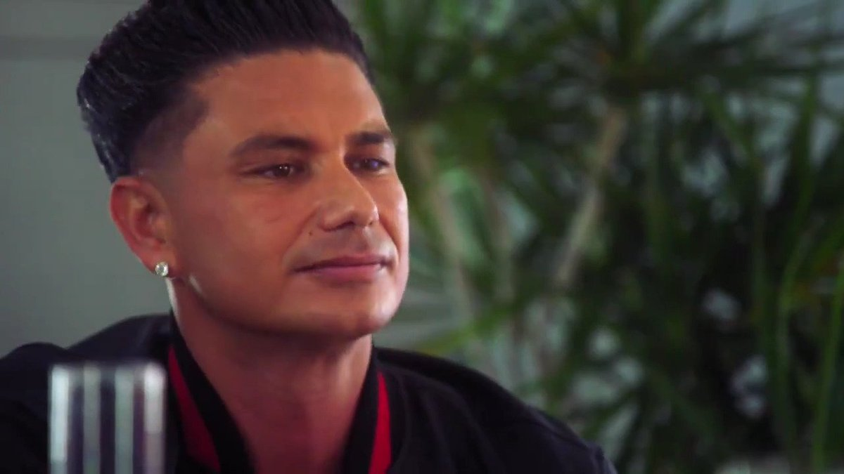 Y'all ever wondered what it would be like to see @DJPaulyD date a bunch of CLONES?! 😮 #GameOfClones is coming your way February 21st at 9/8c!