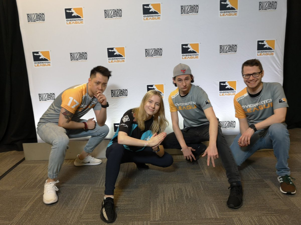 Power poses ONLY 😈 @emonggtv @Jared_Gilmore @C9Aspen
