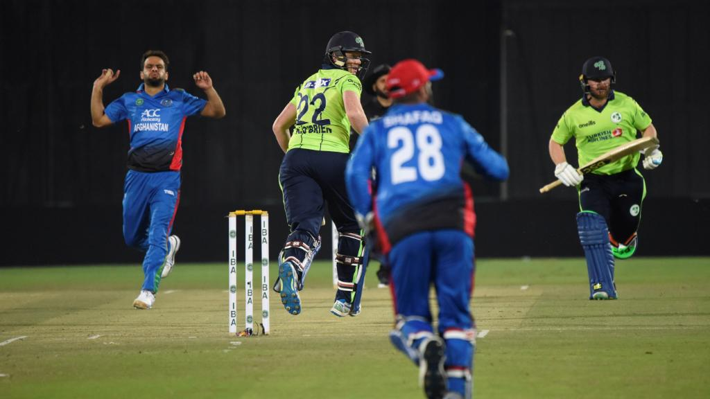 'The positive intent we showed, even against Rashid, I don't mind seeing that.'   Ireland lost a thrilling T20I against Afghanistan, but Paul Stirling found plenty of positives.    ➡️  https://t.co/j0Kv7DtCJL