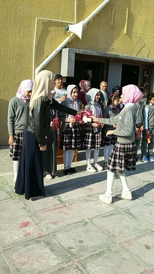 test Twitter Media - Congratulations to these Year 6 AMAR students in #Basra who are winners of a school maths competition. #GirlsInSTEM   The school was built in 2016 and 30% of its students are children who have been orphaned. It has state-of-the-art facilities and now looks after over 400 pupils. https://t.co/jMp6s1AtlT