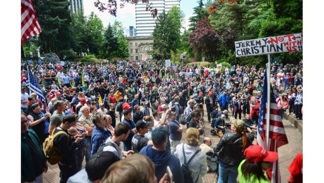 Portland Police Bureau releases more texts between Lt. Niiya and protest organizers, along with Niiya's report, all relating to protests on June 4, 2017  https://t.co/NRtQUfT2fK