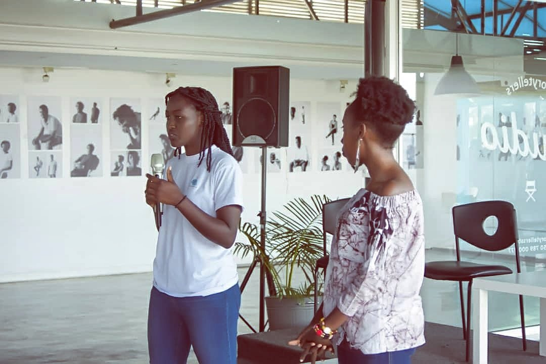 They are @MudahungaPeline and @aminaumuhoza , one of active girls in Rwanda, Peline is a fashion designer and Amina is a Poetess, both are enterpreneurs​  and peace activists in their fields and work hard to Inspiring others. 👏👏 #ThursdayThoughts  #girlswholift @NARwanda #RwOT