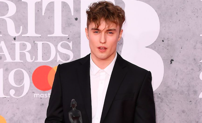 'I've got to take it in my stride': Sam Fender looks ahead to 'classic' debut after BRITs win https://t.co/kbdGdvHPlw  #BritsAwards2019