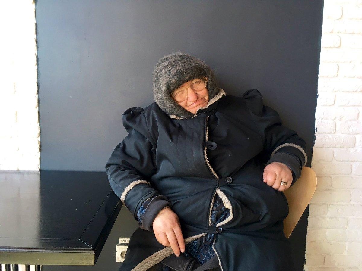 Марфа, 67 років: «Життя погане, страждаю. Дочка вмерла». #БіднаУкраїна