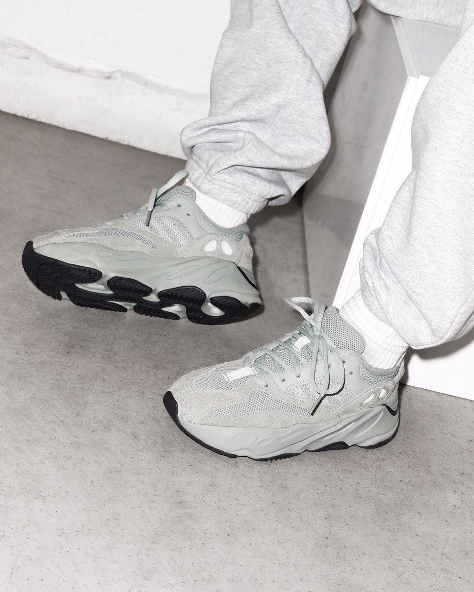 adidas Consortium Yeezy BOOST 700 'Salt