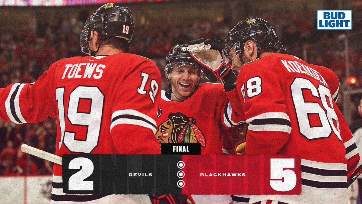 Oh, it is love.   That's a big #HAWKSWIN in Chicago!