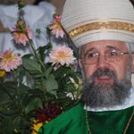 Image for the Tweet beginning: German bishop: female priests 'will