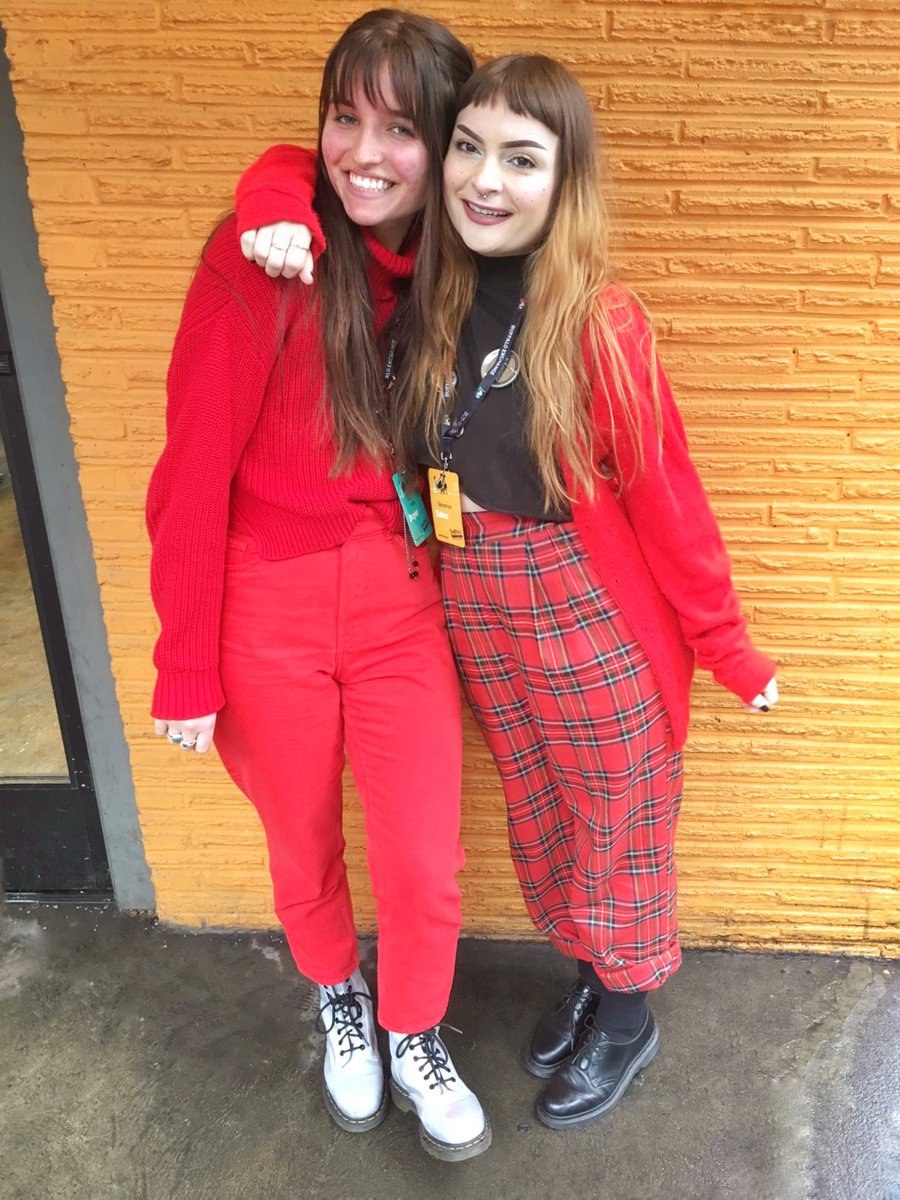 Candy-apple red outfits are as sweet as can be on Valentine's Day! 📸 #BuffaloExchange #Portland #Downtown #ValentinesDay #GalentinesDay #Valentines #ValentinesDayLooks #DrMartens #Plaid #PlaidPants #PNW