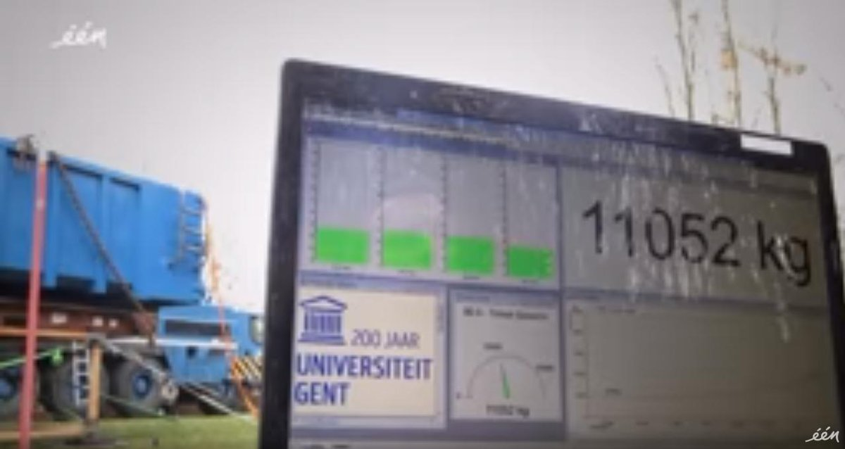 Just how strong is #bamboo? Marcel Vanthilt for @WONENnl puts the #construction super-material to the test (video in #Dutch):  https://www. youtube.com/watch?v=MSMPVK _EQjk &nbsp; …  (Spoiler alert: It&#39;s VERY strong!) #ThinkBamboo<br>http://pic.twitter.com/j9nM8aziJI