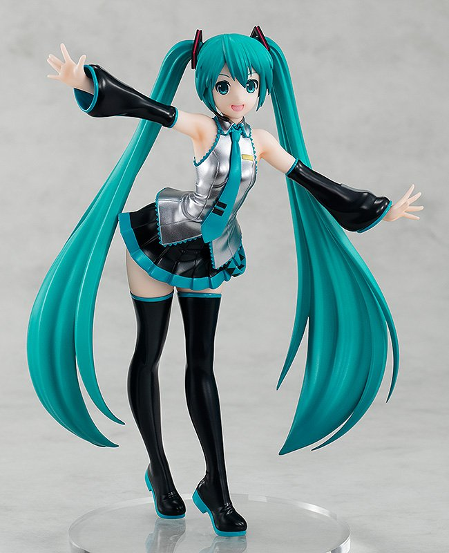 Presenting the first figure arriving to the brand new POP UP PARADE series, Hatsune Miku! Start your #POPUPPARADE collection today by pre-ordering at the following link:   https://www. goodsmile.info/en/product/8067  &nbsp;  <br>http://pic.twitter.com/1PmcY3Scqf
