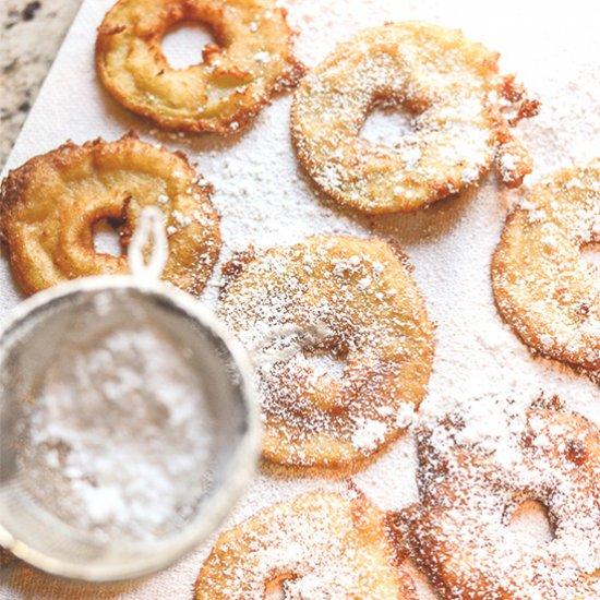 Apple Fritter Rings. #dessert #fruits #foodabletop25 http://bit.ly/2Lw82hi