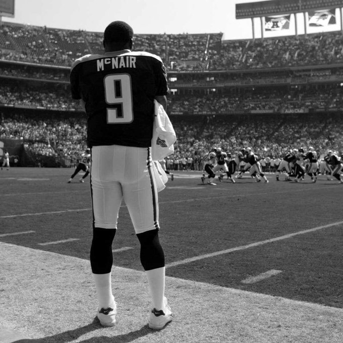 Happy Bday to an NFL legend, Steve McNair