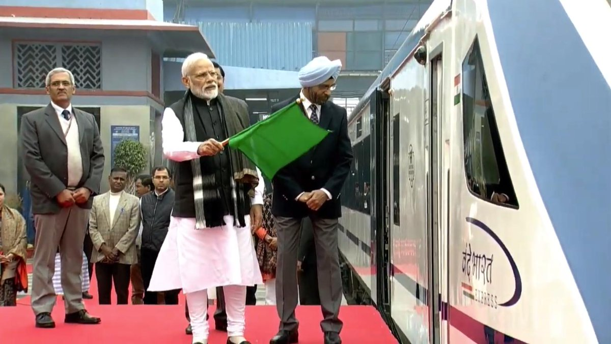 PM @narendramodi flags off India's first semi-high speed train Vande Bharat Express in New Delhi.