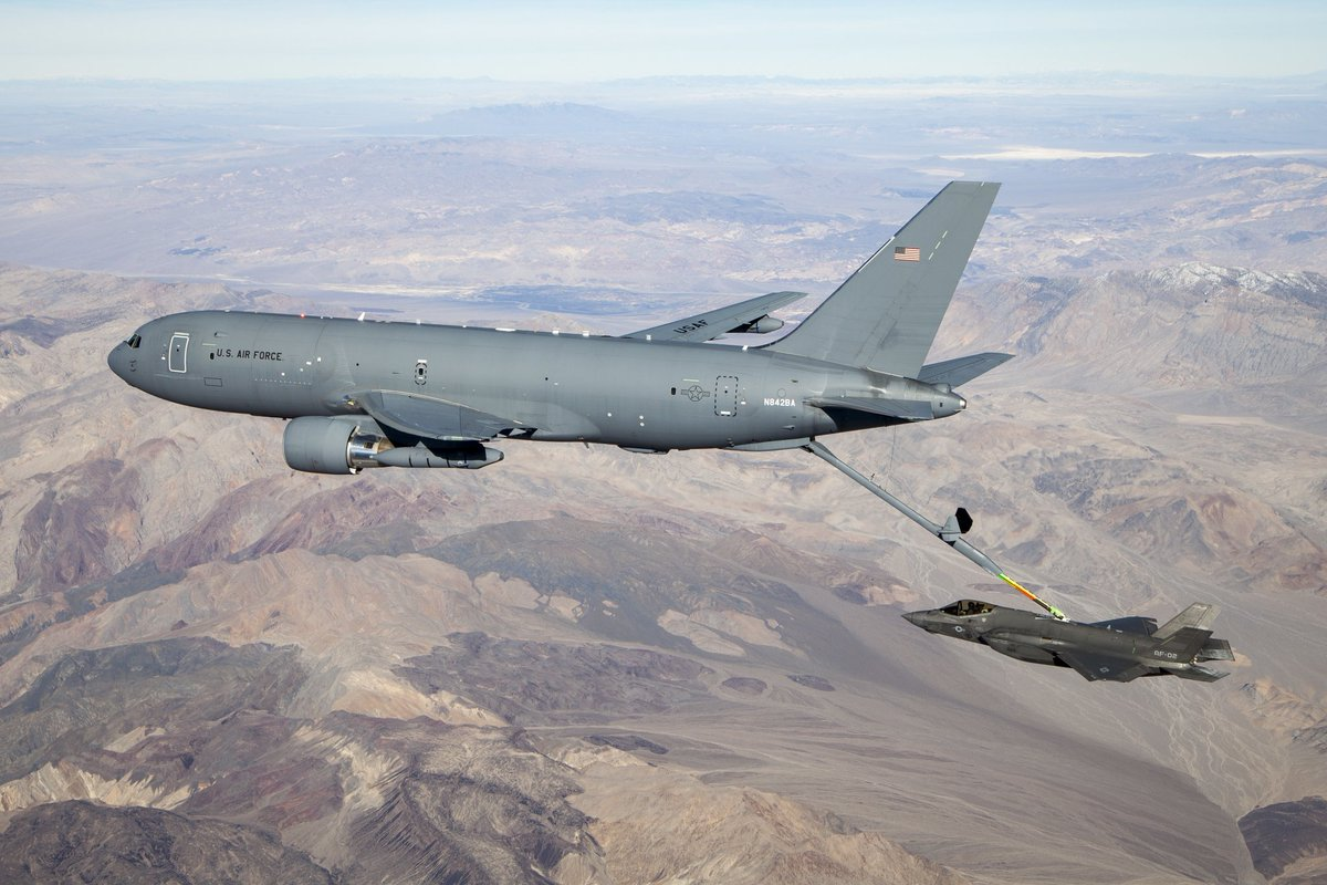 A KC-46A Pegasus connects with an F-35 Lightning II in the skies over California Jan. 22, 2019. (U.S. Air Force  by Kenji Thuloweit) <br>http://pic.twitter.com/XqNruZ2rAf