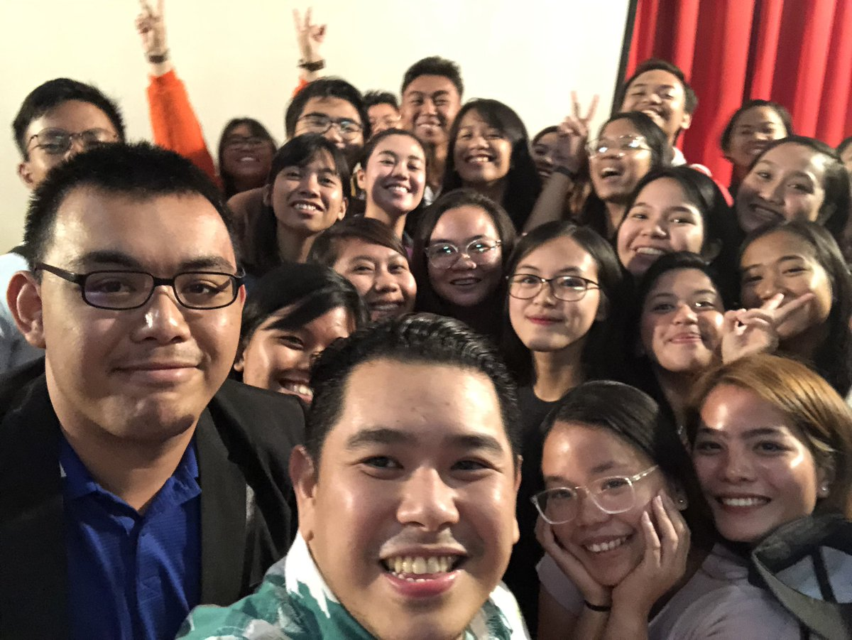 Thank you @silliman_u! Here in Dumaguete for the 2nd stop in the PH leg of the #McLuhan forum series on journalism. Seeing kids interested in quality and responsible journalism gives me so much hope. 🇵🇭