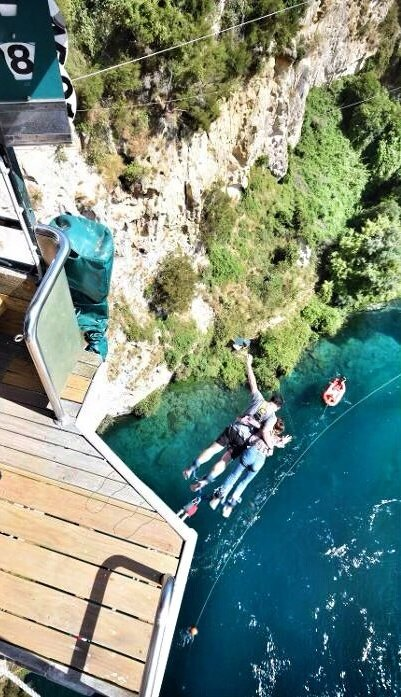 Hashtag #bungyjumping di Twitter