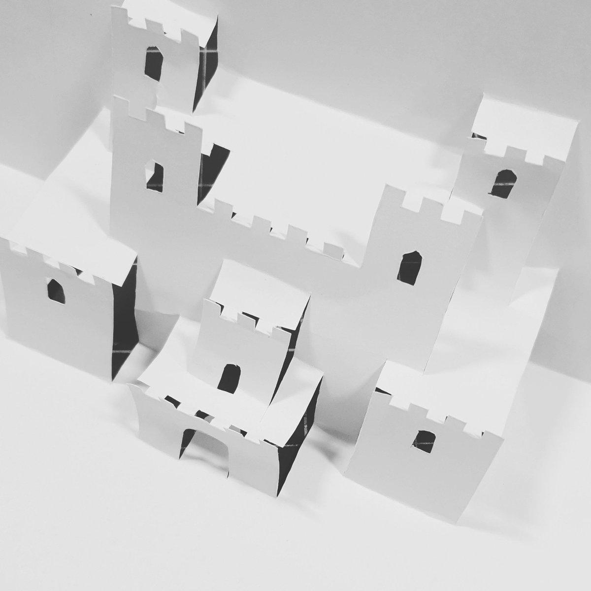 Ever tried making one of these pop up sculptures from popupology? Even the simplest ones are super fun to make.  #artist #art #artwork #sculpture #popupcard #fineart #arteducation #artteacher #londonartist #ukartist #3dart #popupart