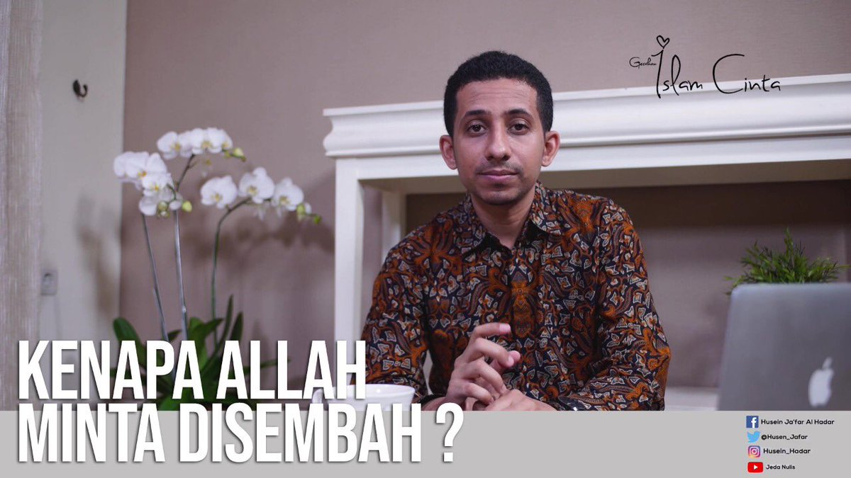 """Allah tak perlu dibela. Krn Maha Kuasa. Tp, knp minta disembah? Kan Dia Maha Berdiri Sendiri? Vlog Terbaru: """"Kemanusiaan, Visi Utama Islam"""" >> https://youtu.be/nEA1-30n_Yg."""