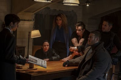 Netflix's The Umbrella Academy a Not-So-Super Fusion of X-Men and Watchmen https://www.rogerebert.com/demanders/netflixs-the-umbrella-academy-a-not-so-super-fusion-of-x-men-and-watchmen …