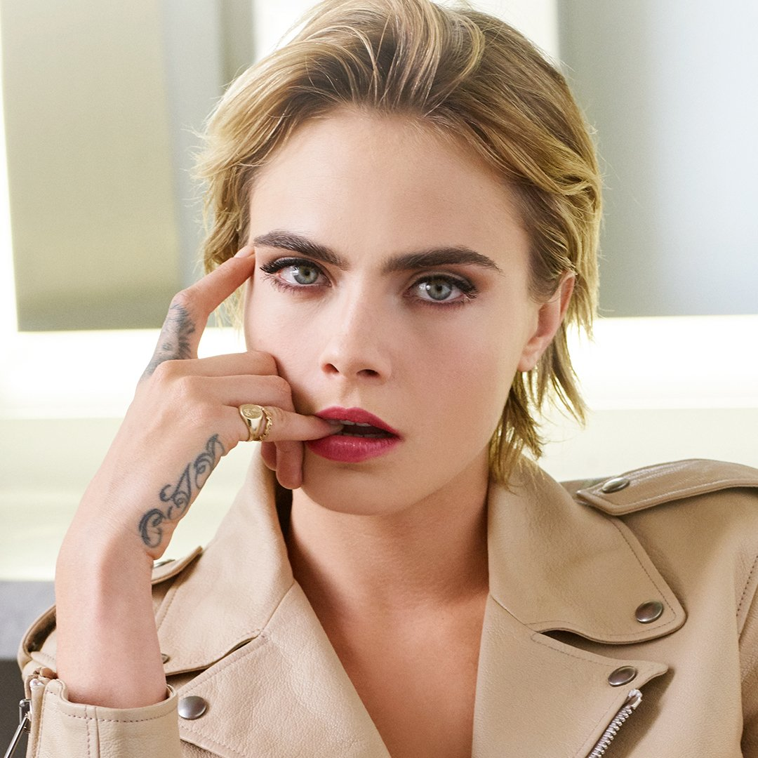 The young actress and star top model #CaraDelevingne is the face of the new lipstick, Dior Addict Stellar Shine created by Peter Philips, Creative and Image Director for #diormakeup. #bediorbepink  #dioraddictstellarshine