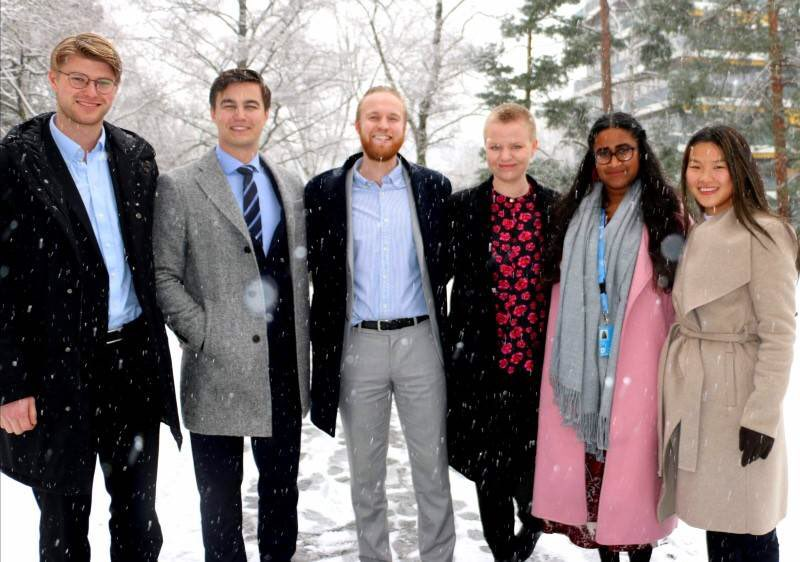 Read about our student interns this spring (Norwegian): https://t.co/DIGKeyRVl6  Are you a student interested in diplomacy? Read more and apply to the program by clicking the links at the end of the article above! https://t.co/TynyDFDeZD