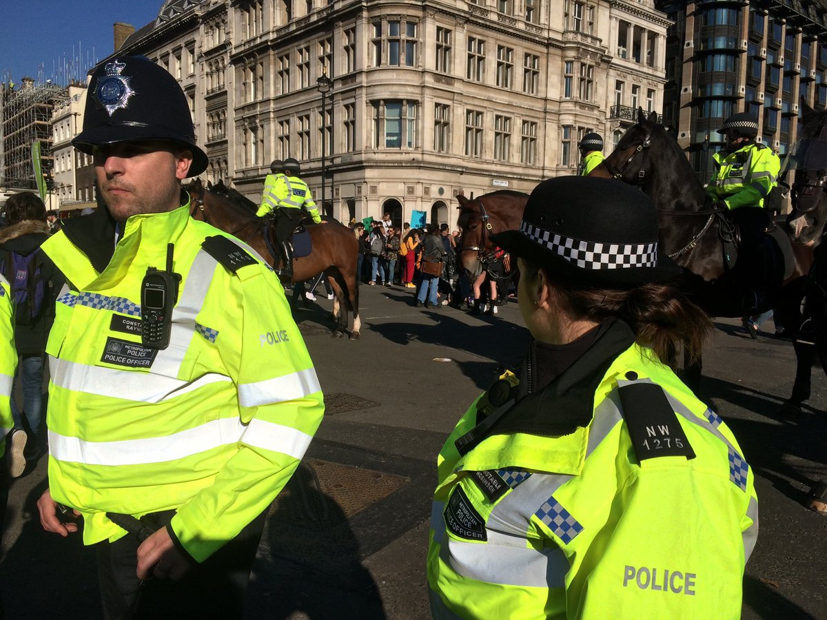 Mounted police now pushing forward to try and push the children back into parliament square