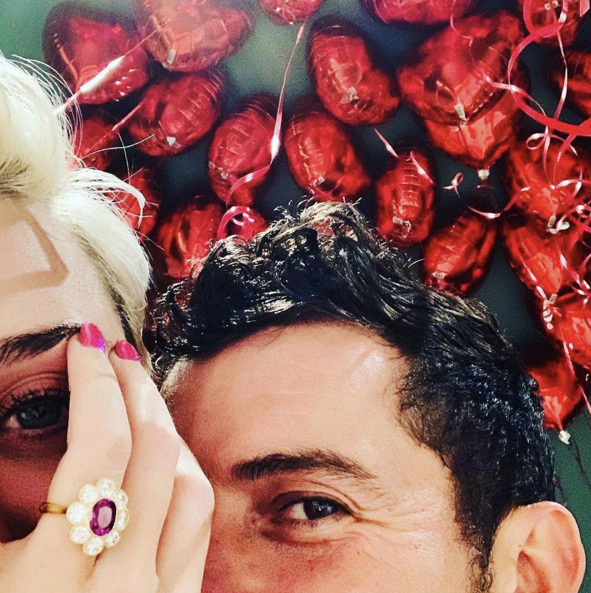 THIS IS NOT A DRILL: Katy Perry and Orlando Bloom are officially engaged! 😱