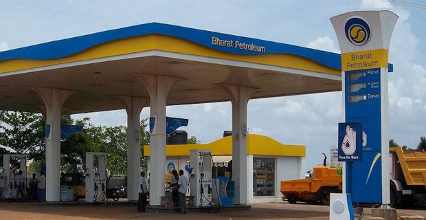 #JustIN @BPCLimited Unit Signs Pact For 1 Mmtpa Of LNG For 15 Years