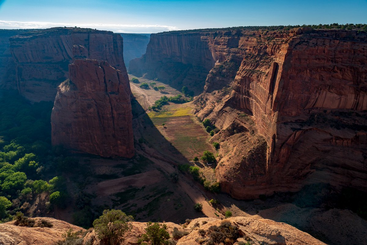 #BlackRockCanyon at #CanyonDeChelly on the #NavajoNationReservation in #Arizona  #photooftheday #travelphotography #travel #travelphotos #tourism #travelgram #picoftheday #instatravel #traveling #mytravelgram #travelingram #igtravel #traveler #SonyAlpha #SonyAlphaGallery #Navajo
